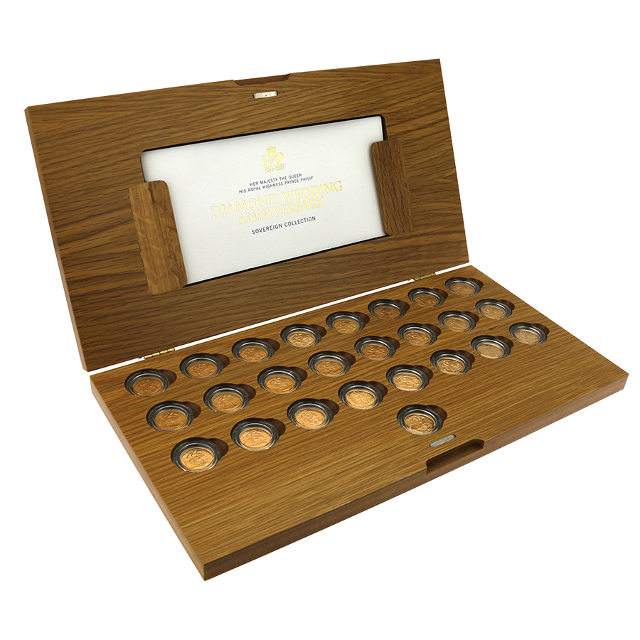 Pre-Owned 1957 - 2007 UK Diamond Wedding Anniversary Gold Sovereign 25-Coin Collection (Image 1)